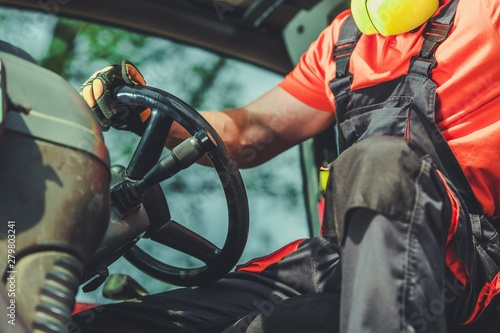 Bulldozer Machine Operator - 279803241