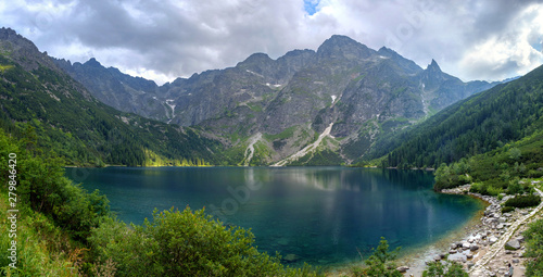 Foto auf Gartenposter Rosa dunkel Panoramic landscape of the lake Morske Oko (Sea Eye), Zakopane, Poland, High Tatras