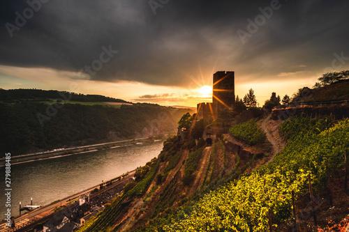 Poster Chocolate brown Sonnenuntergang im Mittelrheintal bei Kaub