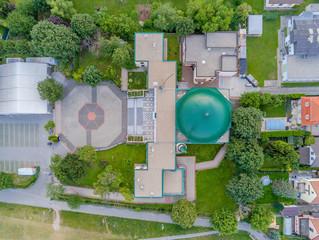 Die Wiener Moschee am Donauinsel von oben, Wien, Österreich