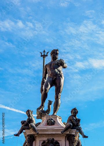 Photo Fountain of Neptune, Piazza del Nettuno, Bologna, Emilia-Romagna, Italy