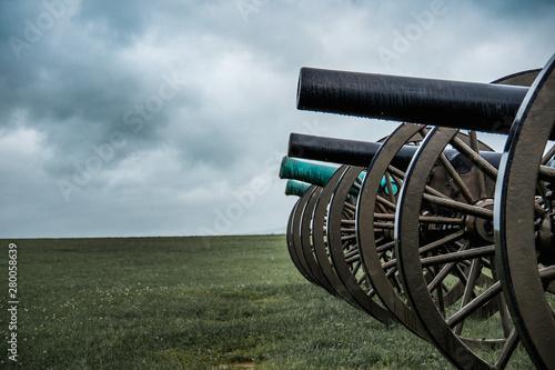 old cannon line prepared for battle Fotobehang