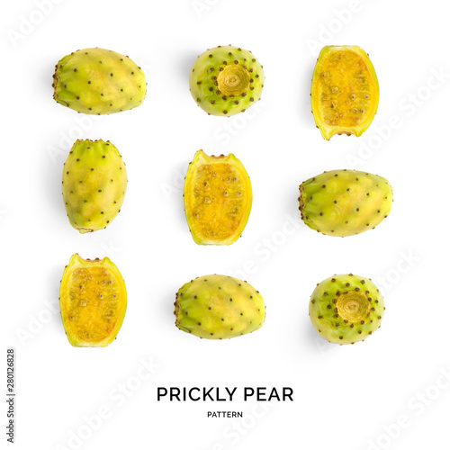 Seamless pattern with prickly pear fruit. Tropical abstract background. Prickly pear fruit on the white background. - 280126828