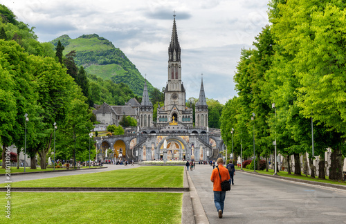 Photo View of the basilica of Lourdes in France