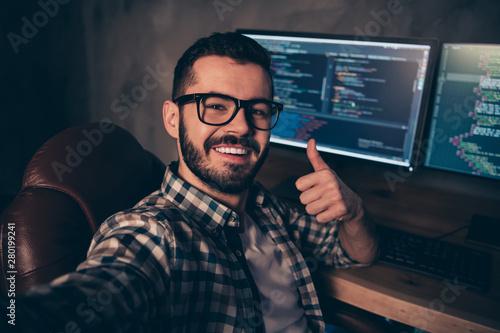 Stampa su Tela  Close up photo handsome he him his guy coder make take selfies blog advising web