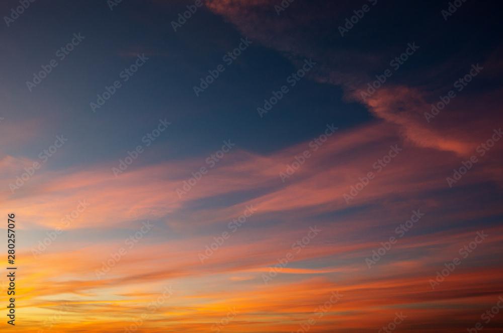 Fototapety, obrazy: Vivid sky illuminated by the sunset