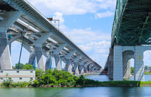 New And Old Champlain Bridge, ...