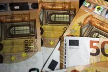 Euro Money. Euro Money Banknot...