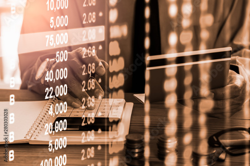 Pinturas sobre lienzo  Stock market or forex trading graph and candlestick chart suitable for financial investment concept