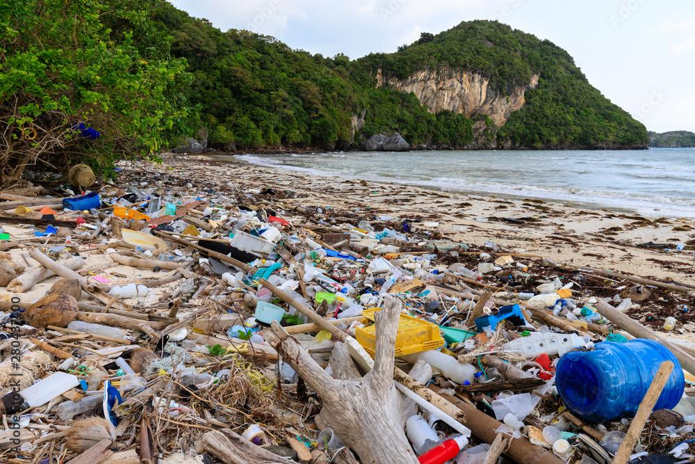 Fototapeta Beach plastic pollution