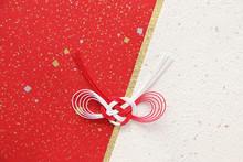 和紙と紅白の水引飾り