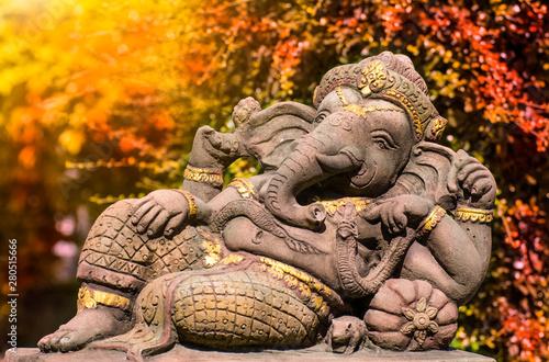 Photo Lord Ganesha, Hindu and Indian god Throughout the Buddhist world Worship And wor
