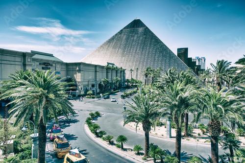 Papiers peints Las Vegas LAS VEGAS, NV - JUNE 27th, 2019: Luxor Hotel Casino. This is a major attraction in the city