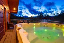 Pool With Hydromassage With Li...
