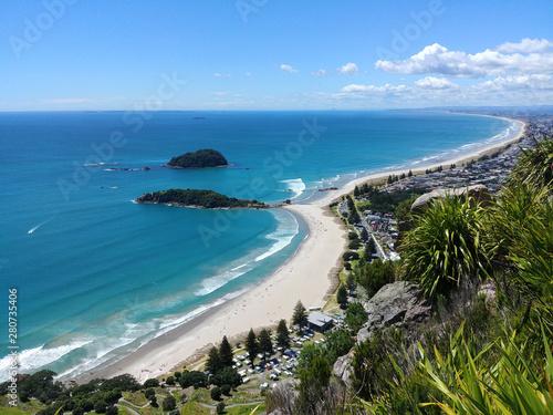 Fototapeta Omanu Beach viewed from the top of Mount Maunganui, Bay of Plenty, North Island New Zealand obraz