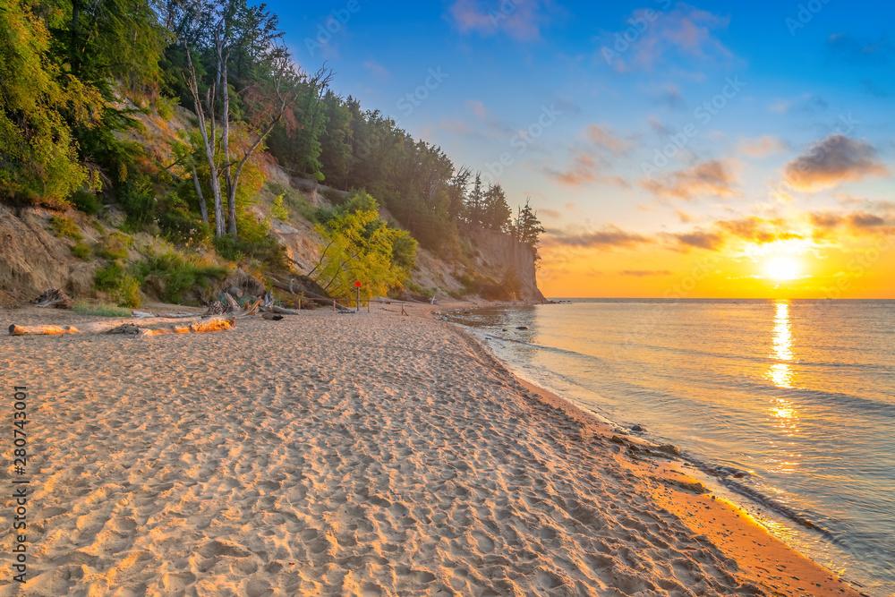 Fototapety, obrazy: Wschód słońca nad Morzem Bałtyckim, Gdynia Orłowo