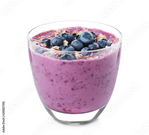 Foto auf AluDibond Indien Glass of tasty blueberry smoothie with muesli on white background