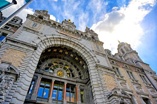 Staande foto Antwerpen The exterior of the Antwerp (Antwerpen), Belgium railway station.
