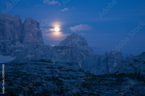 Photo Stands Night blue dolomites Italian mountains among the most beautiful in the Trentino Alto Adige