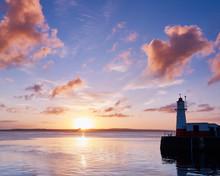 Summer Sunrise On The Harbour ...
