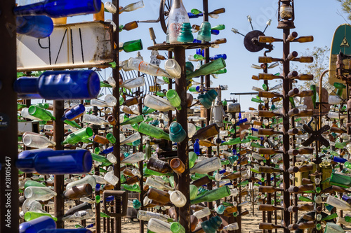 Fotografering Bottle tree ranch on route 66 california