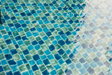 Blue Mosaic Tile In Swimming P...