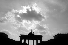 Silhouette Of The Brandenburg Gate Is A Former City Gate And One Of The Main Symbols Of Berlin And Germany. It Is Located West Of The City Center At The Junction Of Unter Den Linden And Ebertstrasse.