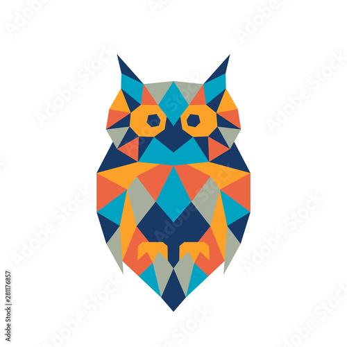 Keuken foto achterwand Uilen cartoon Geometric polygonal owl. Abstract colorful animal. Vector illustration.
