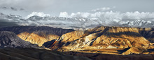 Beatiful Panoramic View Of The Snowy Mountains In Upper Mustang, Annapurna Nature Reserve, Trekking Route, Nepal.