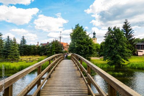Fototapeta kładka  most-swornegacie-kladka-przejscie-woda-brda