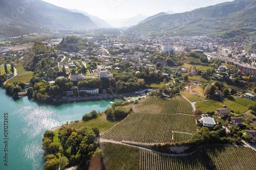 Fotografie, Obraz Sierre en Valais vu d'un hélicoptère, Suisse