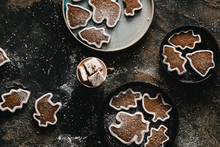 Hot Chocolate And Gingerbread Cookies