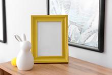 Ceramic Rabbit With Frame On W...