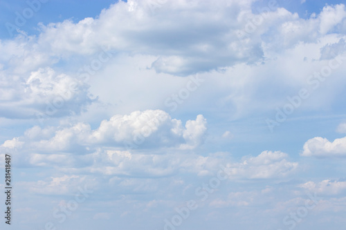 White powdery clouds on a clear blue sky, idyllic nature Canvas-taulu