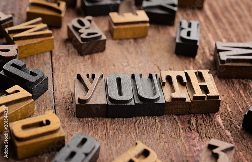 Photo sur Toile Pays d Asie Word youth written in letterpress letters