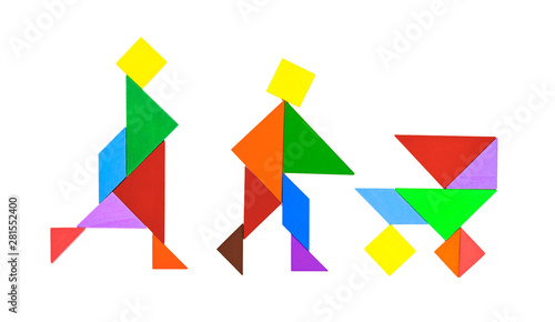 Fotomural tangram shaped as couples rambling with baby in stroller on white