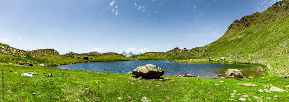 Fototapety, obrazy: Bergpanorama mit See Pyrenäen Nationalpark Sommer