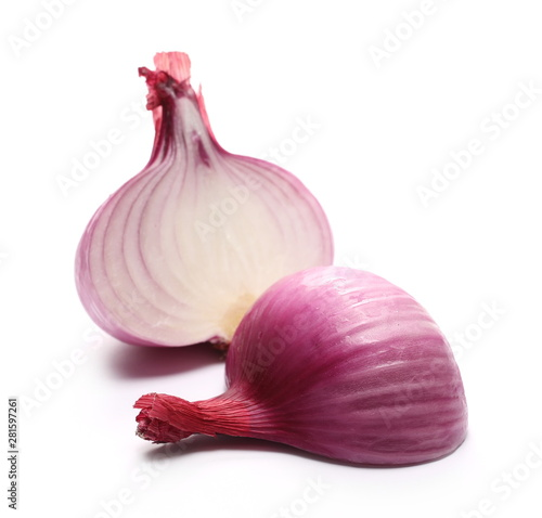 Foto auf Leinwand Texturen Fresh red onion bulb sliced in half isolated on white background