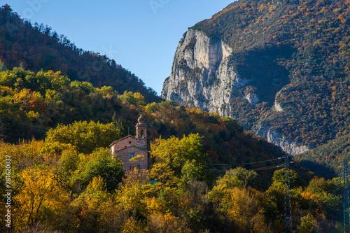 Fotografia, Obraz  Riserva naturale della gola del Furlo nelle Marche, Italia