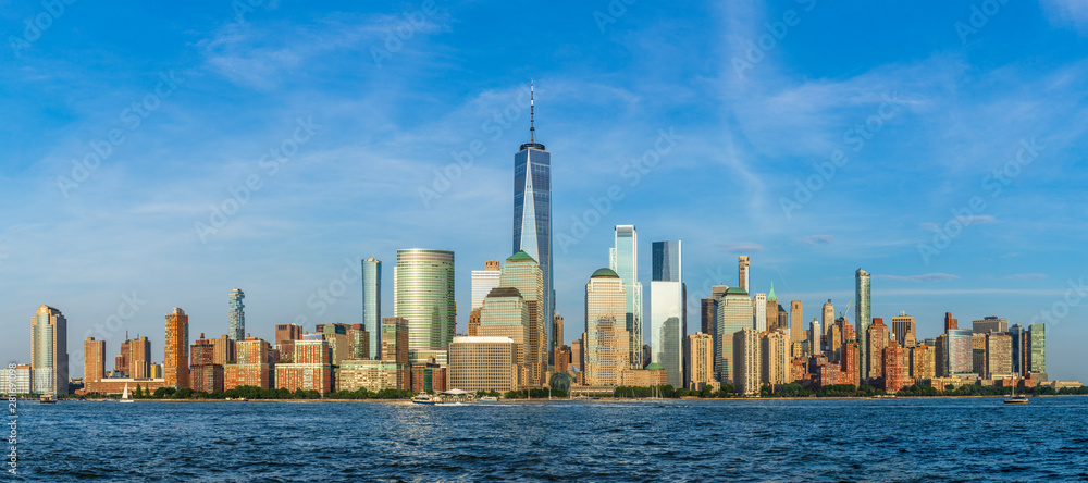 Fototapety, obrazy: View to Lower Manhattan Skyline from Exchange Place in Jersey City at sunset.