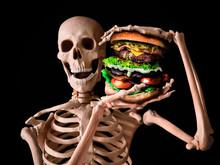 Funny Skeleton Eating Deadly J...