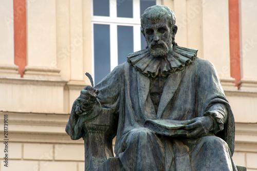 Photo Statue of Bernardino Telesio, the ancient philosopher, located in Piazza XV marz