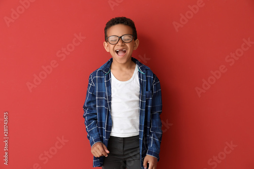 Obraz Laughing African-American boy on color background - fototapety do salonu