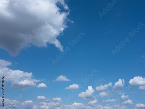 Fotografia  ciel bleu nuage blanc matière texture été