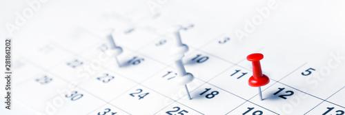 Valokuva  Tacks On Calendar