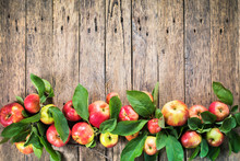 Ripe Red Green Apples Leaves Wooden Table
