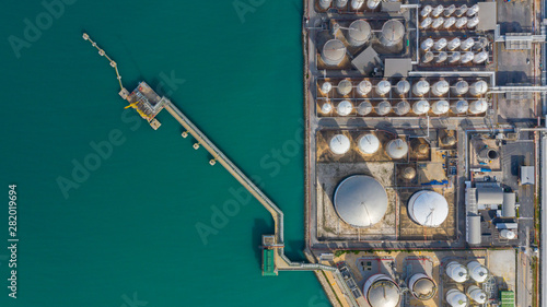 Aerial view of tank terminal with lots of oil storage tank and petrochemical storage tank in the harbour, Industrial tank storage aerial view Tapéta, Fotótapéta