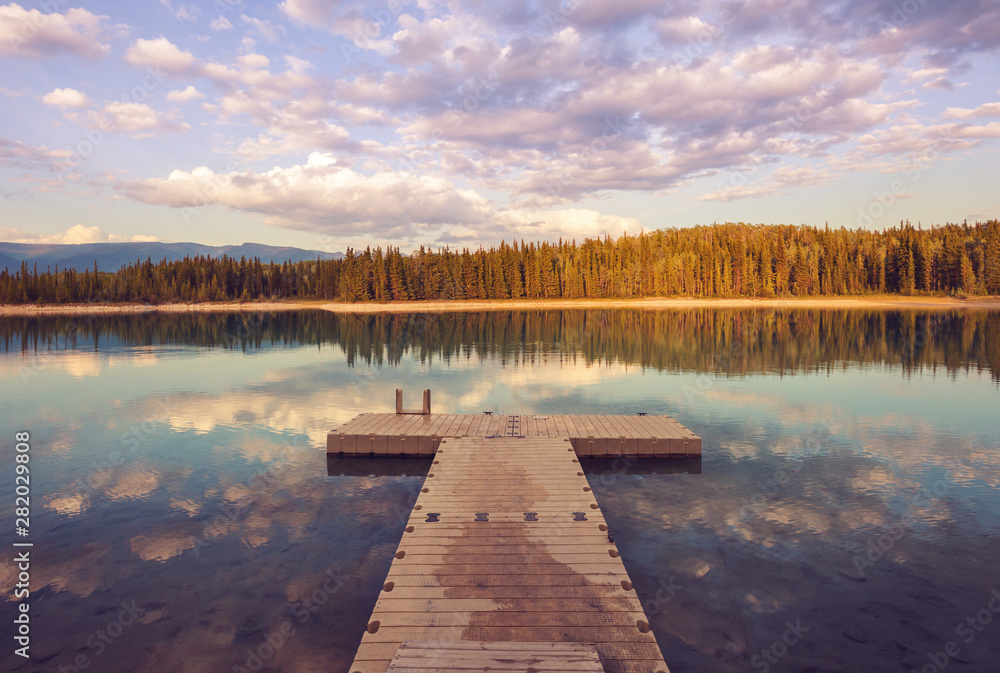 Fototapety, obrazy: Pier on the lake