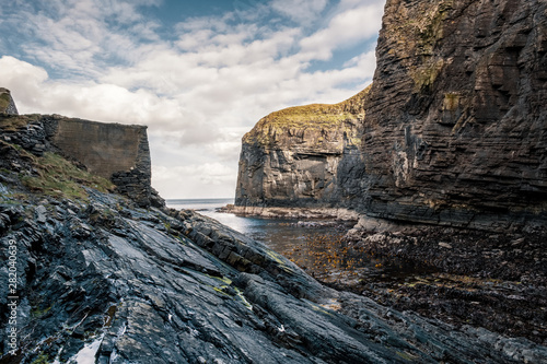 Valokuva  Entrance to Whaligoe Harbour in Caithness in Scotland