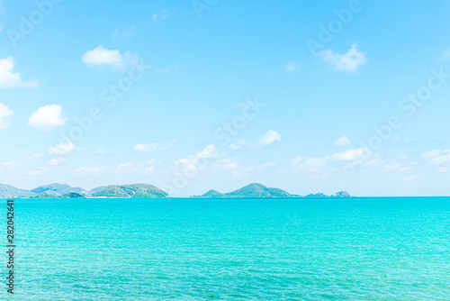 Türaufkleber Turkis Landscape of beach and sea with reef rock beach